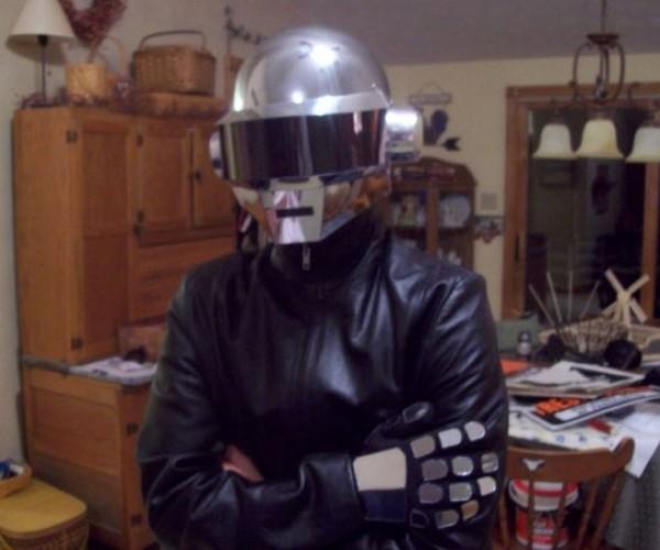 Daft_Punk_Helmet_5