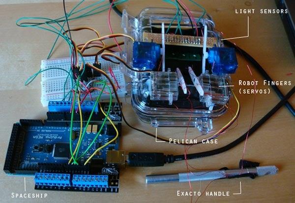 iphone-rock-band-robot-innards
