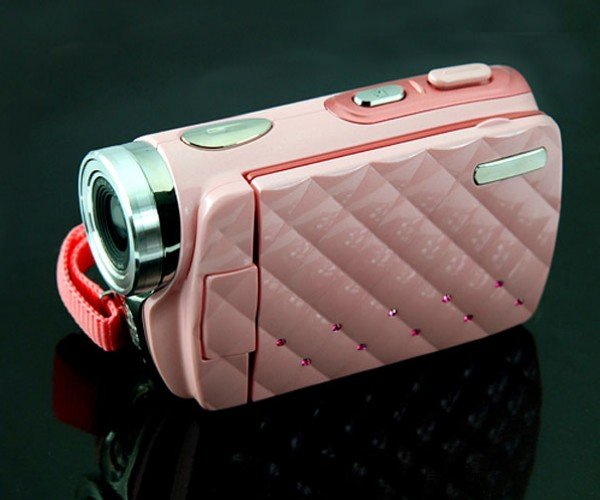 Pink HD Camcorder: Because Girls Like Digital Video Too