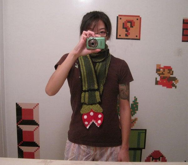 piranha_plant_scarf_2
