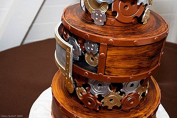 steampunk_wedding_cake_2