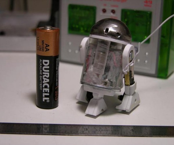 Teeny Tiny R2-D2 Ready to Hack Open Tiny Blast Doors