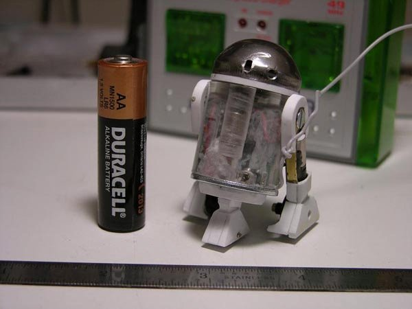 tiny scale robot r2-d2