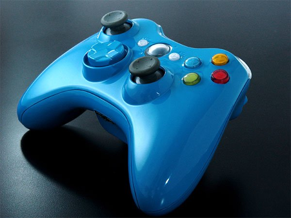 xbox_360_blue_controller_xcm_2