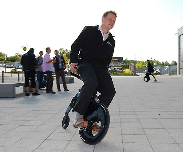 Yikebike: the Sitting Man'S Segway