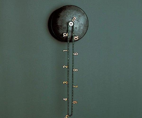 Catena Wall Clock Tells Time With Bike Chain