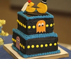 Pac-Man Wedding Cake: With This Ring, I Thee Wokka, Wokka, Wokka