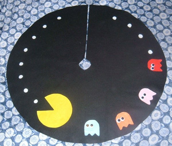 pac-man tree skirt xmas christmas