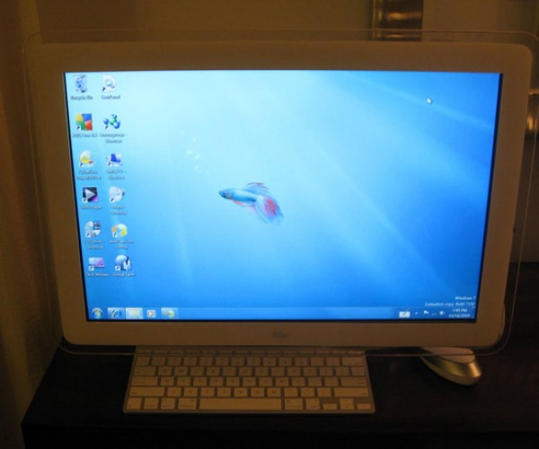 Touchscreen iMac G4: a Nice Mixture of New, Old and Windows