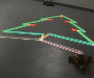Nils Voelkher'S Light-Drawing Robot: Makin' Things With Light!