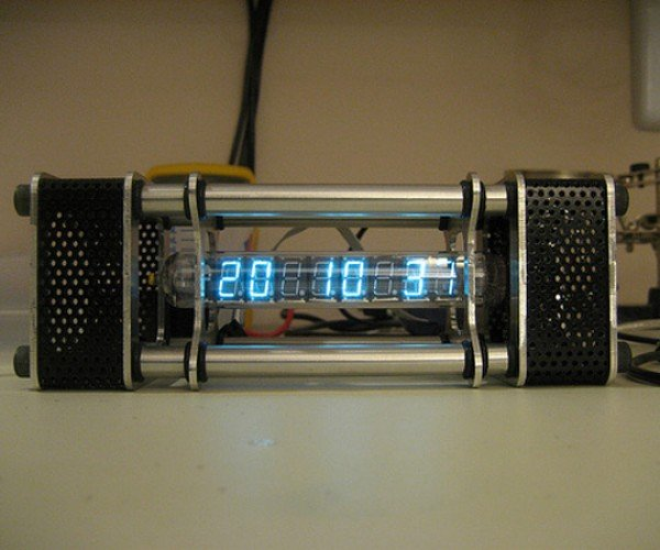 Jason Von Nieda'S Tube Clock Tells Time in a Vacuum