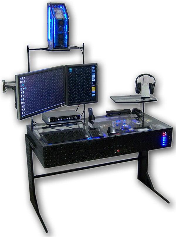 The-Desk-casemod-1