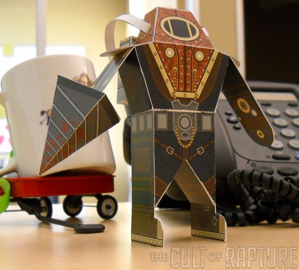 bioshock_2_big_daddy_papercraft