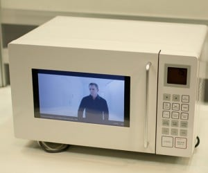 Castoven Microwave Oven: Watch Youtube While You Wait