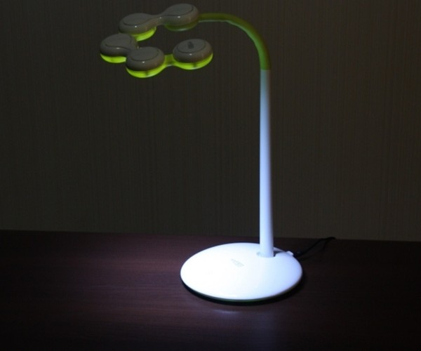 Enfren Free Style LED Lamp is Also Fun to Play With