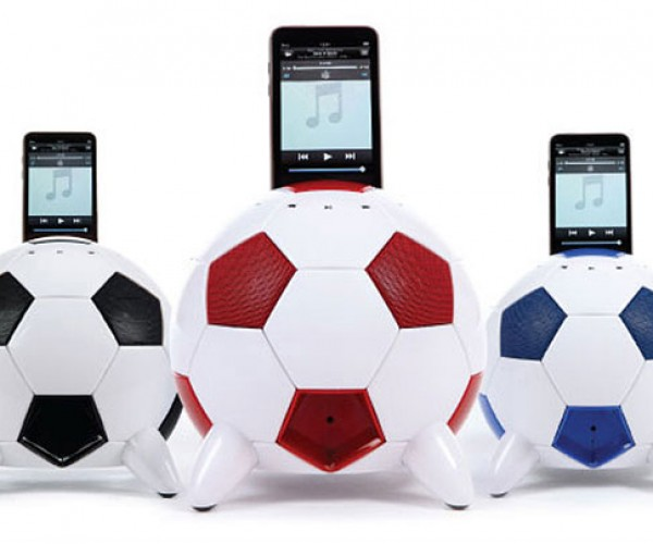 Misoccer iPod Speaker Dock is a Real (Foot)Ball