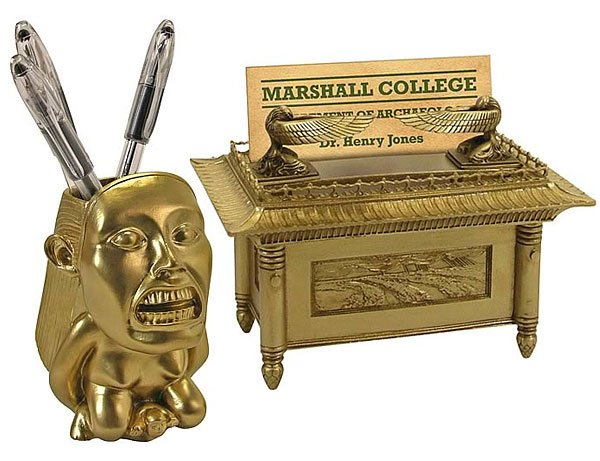 raiders desk accessories