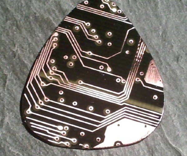 Recycling Heroes: Circuit Board Guitar Picks