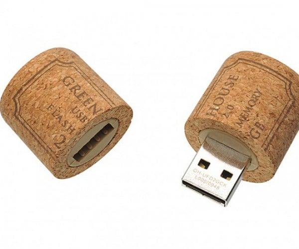 Cork and Lightbulb USB Flash Drives: Crap or Fun?