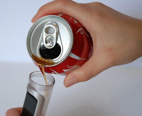 coke fuelled phone 1