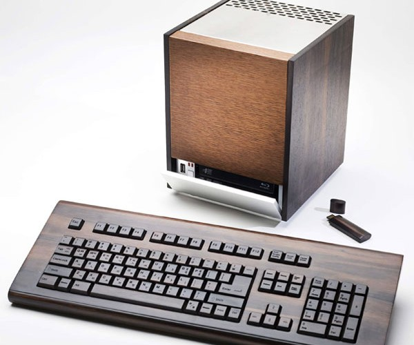Design Hara'S Green Pc Struts Its Woody Goodness
