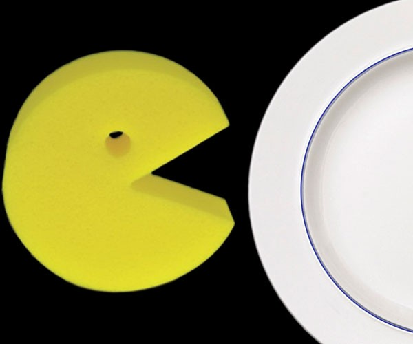 Pac-Man Kitchen Sponge Scrubs Fruit and Ghosts From Your Plates