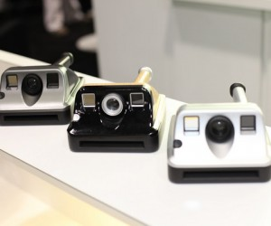 Flash From the Past: Polaroid Revives Instant Camera Line With the Pic 1000