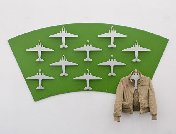 airplane_clothes_hanger
