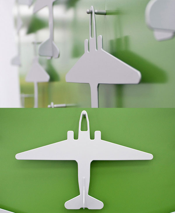 airplane_hangar_for_clothes