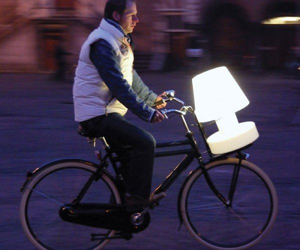 Bloom Battery Cordless Lamp Lets You Take Your Lighting With You