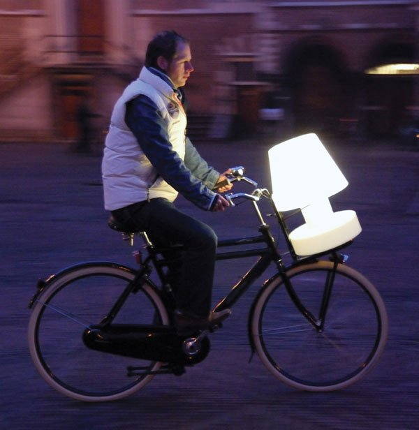 bloom_battery_lamp_on_bike