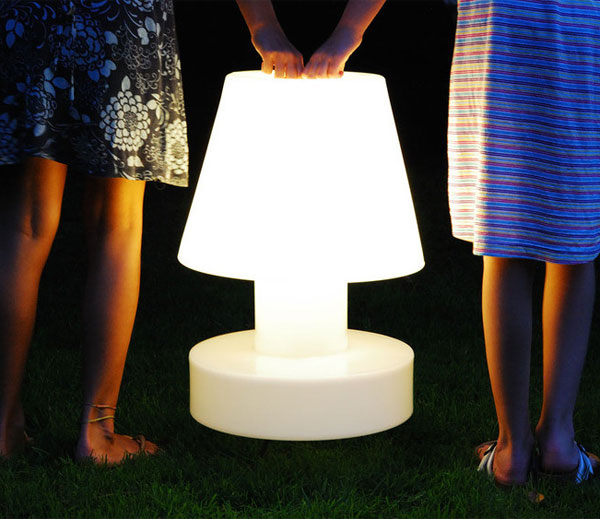 bloom_battery_portable_lamp_large
