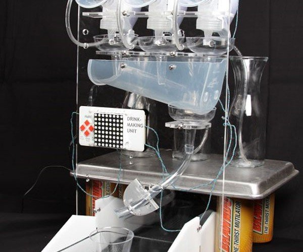 Drink Making Robot Cranks Out White Russians