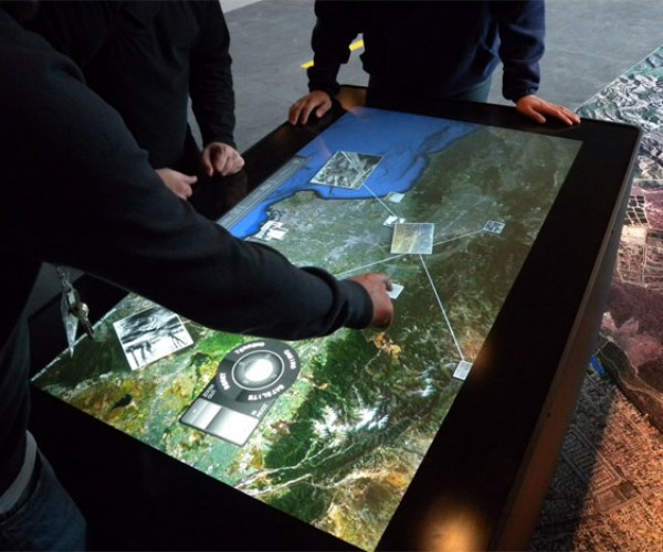 Ideum Mt-50 Multitouch Table: Surface Who?