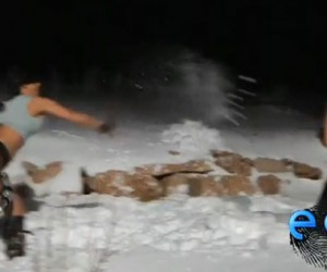 Lara Croft vs. Slave Leia Snowball Fight: 'Nuff Said