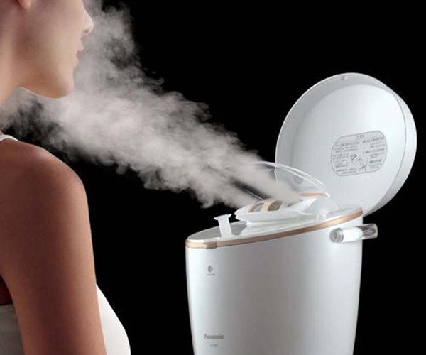 Panasonic Nano-Care Ion Steamer: Like a Rice Cooker for Your Face