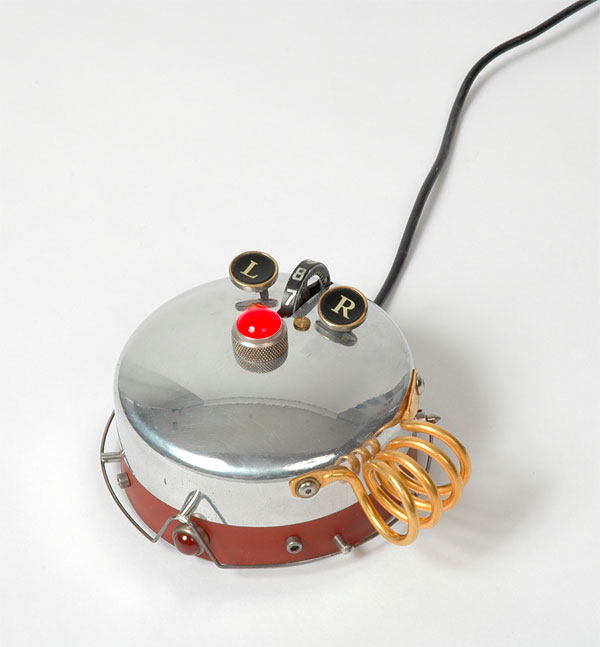 rotobotmouse-by-a-ristau-studio