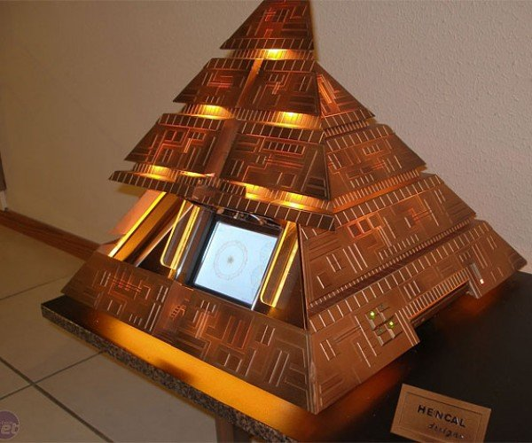 Stargate Pyramid Pc Gets Energy From Outlets Not Pyramid