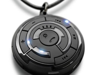 Tokyoflash Kisai Escape C: Bluetooth Wireless Pendant From Another Planet