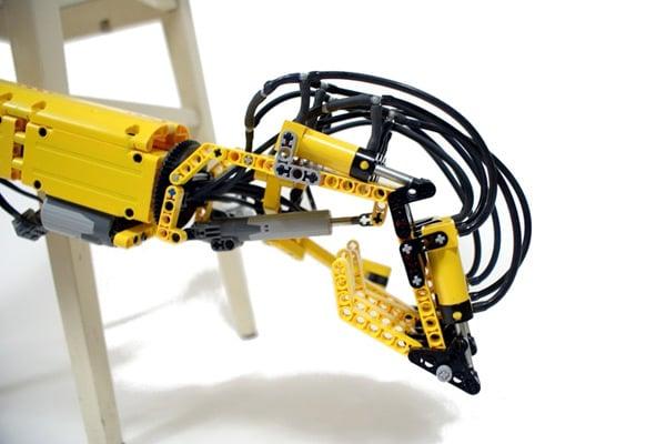 030310 rg LEGORobotArm 02