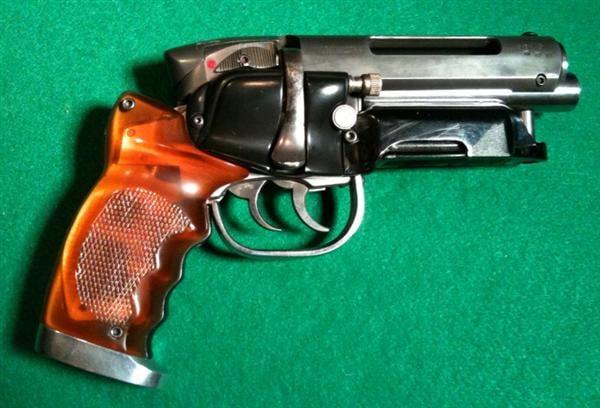 gun replica adam savage blade runner deckard blaster