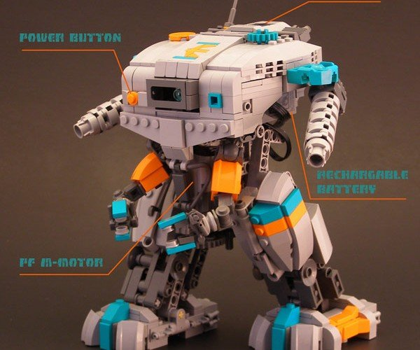 Element Commune: Legohaulic'S Walking LEGO Mech