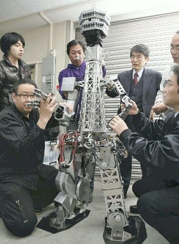 tower robot japan osaka
