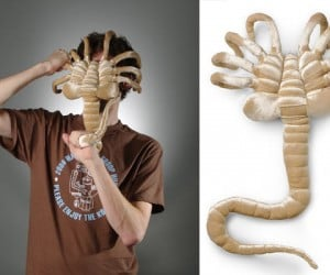 Alien Facehugger Plush Toy Feasts on Your Face