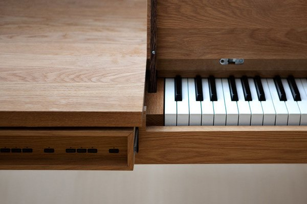electric piano table 3