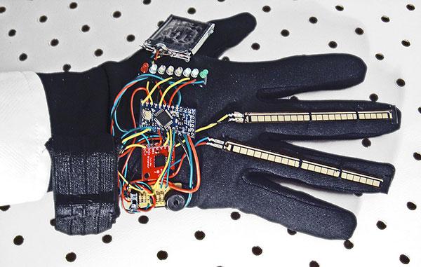 rock paper scissors glove 2