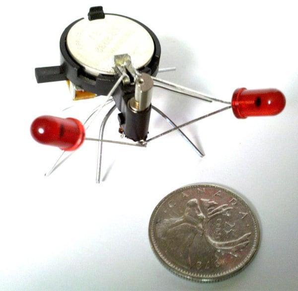 wigglebot_red mini robot