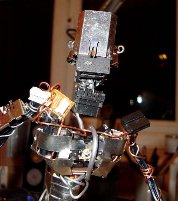 xbox_360_rrodman_robot_3