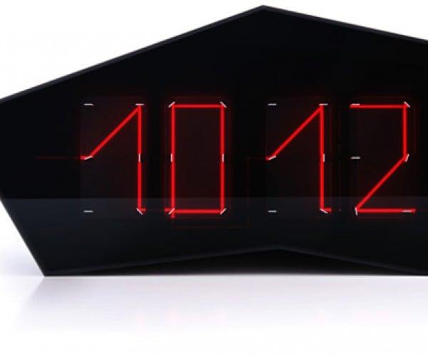 Reflectius Art Lebedev Clock: 60 Mirrors + 1 Laser
