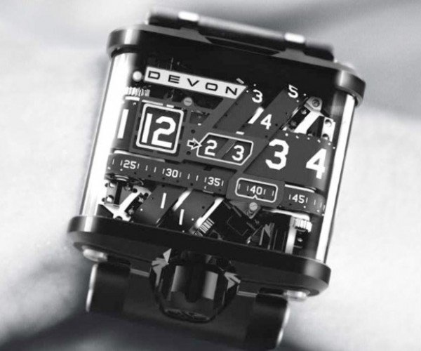 Devon Tread 1 Motorized Watch Looks Awesome, but Crazy Expensive